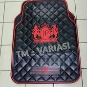 Karpet Mobil Universal Motif JP Junction Produce DAD Mahkota Logo Merah Dasar Hitam
