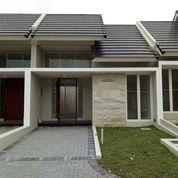 Rumah Baru Gress Di Citrland Dengan Lokasi Strategis Dan Lingkungan Yang Super Nyaman, Surabaya