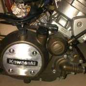 Mesin Motor Ninja RR