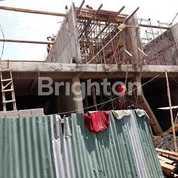 Ruko 3 Unit Nol Jalan Manyar Kertoadi, Lokasi Strategis Di Jalan Kembar, Surabaya