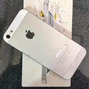 Iphone 5 16 GB Mulus Dan Tidak Minus