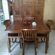 Meja Makan Jati Minimalis Banteng