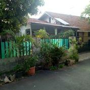 Rumah Tua Di Perum Sekneg Cidodol Jakarta Selatan