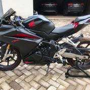 Sepeda Motor Honda CBR 250RR Tipe ABS SPM Solo 5471Km Tahun 2017 Ori