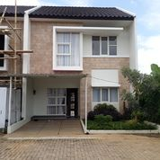 Clarity Residence By Alauddin Townhouse