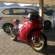 Kawasaki Ninja 250 4 Tak 2 Silinder