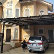 Rumah Di Puspita Loka Bsd Siap Huni Bersih