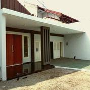 Rumah Raya Dharmahusada Indah Kondisi Bagus Dan Terawat Baru Renovasi, Surabaya