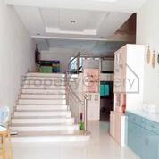 Villa Jalan Malaka (Daerah Thamrin, Madong Lubis, Mabar) Medan