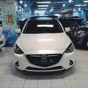 Mazda 2R New At 2014 Putih