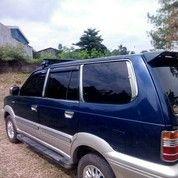 Mobil Bekas Bogor Kijang Krista Luxury Blue Ocean 2.0 - EFI 2004 Mulus Dan Terawat