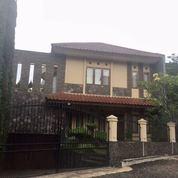 Rumah Mewah Full Furnished Bandung Utara