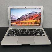 MacBook Air 11inch Core I5 RAM 4GB SSD 128GB 2011 - SECOND