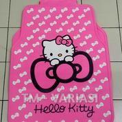Karpet Mobil Universal Motif Hello Kitty Dasar Pink Pita-Pita Kecil Putih