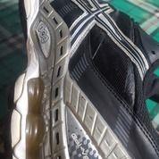Sepatu Volly Asic Original 2nd 90%