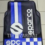 Karpet Mobil Universal Motif SPC Racing Bendera Putih Biru Dasar Hitam