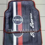 Karpet Mobil Universal Motif TRD Sportivo Simple Dasar Hitam Garis Merah Putih