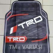 Karpet Mobil Universal Motif TRD Garis Melintang Hitam List Merah
