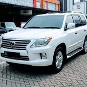 Lexus LX 570 AT 2012 White