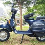Piaggio Vespa Exclusive 2001 Full Original Kilometer Rendah