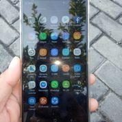 Samsung J6 Plus Like New
