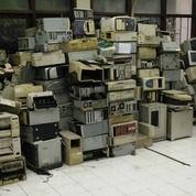 Di Beli Tinggi Rosok Inventari Komputer Kantor Sekolahan Rumah Sakit Dll