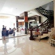 Villa Jalan Kunyit (Dekat Jalan Iskandar Muda) Medan