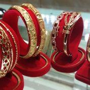 Menerima Emas/Perhiasan Lainnya Online Tanpa Surat
