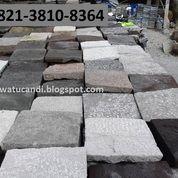 Lantai Luar Paving Block Batu Klasik Berukuran Besar
