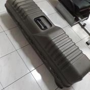 Travel Hardcase Untuk Perlengkapan Stick Golf : Plano Deluxe Golf Guard