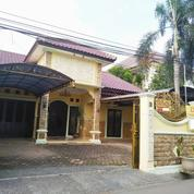 Rumah Luas Strategis Dekat Bandara Halim