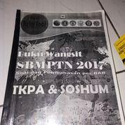 """""""SILVER """" Buku Wangsit SBMPTN 2017 Soa Dan Pembahasan Per Bab """"TKPA & SOSHUM"""""""