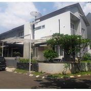 Rumah Cantik Asri Di Kompleks Cibubur Residence