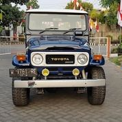 Hartop Diesel Asli BJ40 4x4 Tahun 1983. Body Masih Ngaleng.