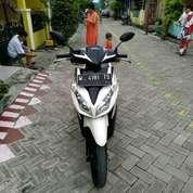 Honda Vario Tahun 2010 Warna Hitam-Putih