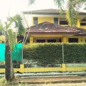 Rumah Asri Lokasi Strategis Islamic Village Karawaci Tangerang