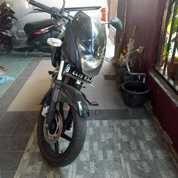 Fast Sale , Pulsar Bajaj Cc 180. Warna : Hitam , 2013