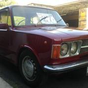 Fiat 124 Special Tahun 1974 Merah