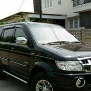 Isuzu Panther Grand Touring 2012