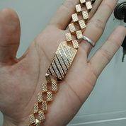 Menerima Beli Emas Dan Berlian