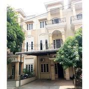 Rumah Komplek Piazza Residence (Jalan Gaperta) Medan (1)