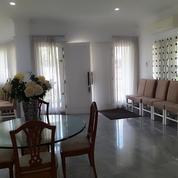 Rumah Nyaman Di Pondok Indah, Jakarta Selatan
