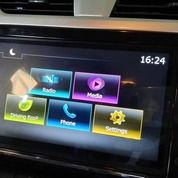 Renault Triber 1.0 Apple Car Play And Android Auto