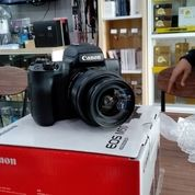 Canon M50 Camera Mirrorless Kit EF-M 15-45mm