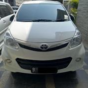 Toyota Veloz 1.5 Matic Tahun 2012 Warna Putih TDP7,7