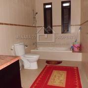 Rumah Siap Huni Taman Luas Di Dago Resort