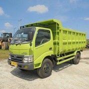 Truk Dump Truck Hino Dutro 130HD