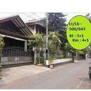 Rumah Besar Di Kawasan Elit Cipete Dekat Ke Jalan Antasari