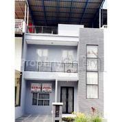 Rumah Komplek Mutiara Residence Blok J Medan