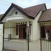 Rumah Dlm Kompleks Ditelajung Setu Bekasi